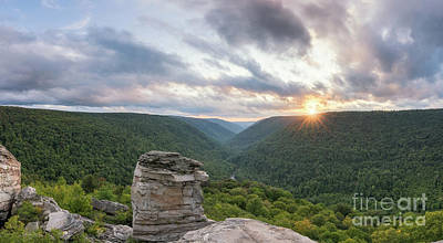 Photograph - West Virginia Sunset From Lindy Point by Michael Ver Sprill
