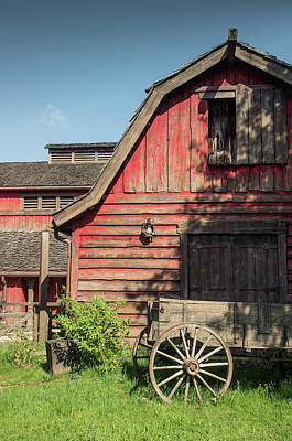 Old Wagon Photograph - Western Barn by Carlos Caetano