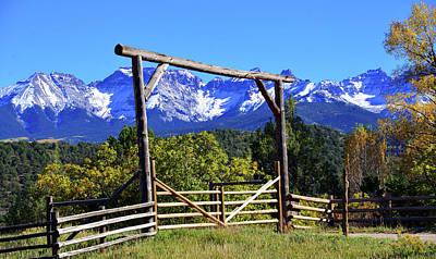 Photograph - Western Gateway by David Lee Thompson