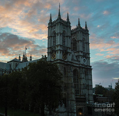 Photograph - Westminster Abbey Dawn Light by Mike Reid