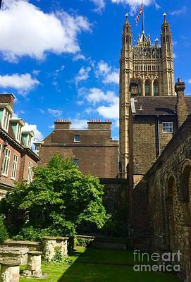 Photograph - Westminster Abby Garden by Suzanne Lorenz