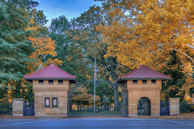 Photograph - Westmoreland Place Cwe St Louis Mo 7r2_dsc1780_16-10-09-hdr by Greg Kluempers