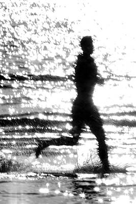 Photograph - Wet Run by Lawrence Boothby