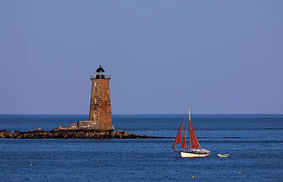 Art Print featuring the photograph Whaleback Lighthouse And Sailboat by Juergen Roth