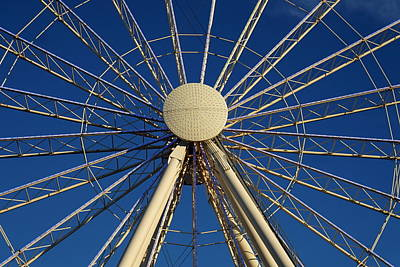 Photograph - Wheel In The Sky by Laurie Perry