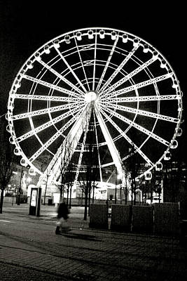Photograph - Wheel Of Manchester - Black And White by Doc Braham