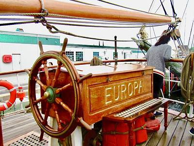 Photograph - Wheel Of The Eruopa by Stephanie Moore