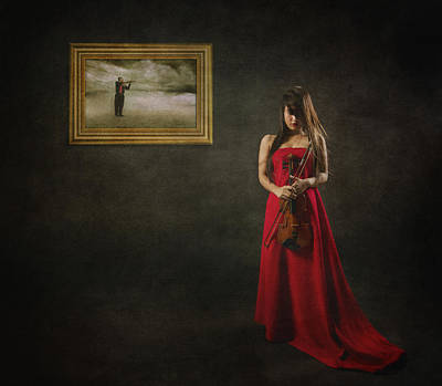 Conceptual Photograph - When Memories Never Want To Go by Heru Agustiana
