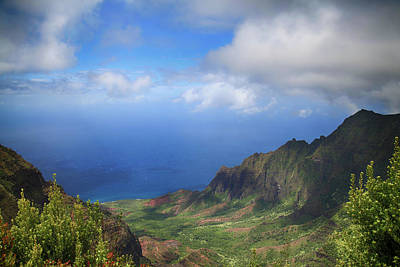 Kauai Photograph - Where Land Meets Sea by Laurie Search