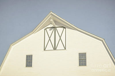 New England Dairy Farms Photograph - White Barn South Woodstock Vermont by Edward Fielding