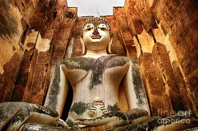 Photograph - White Buddha Thailand 2 by Bob Christopher