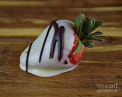 Photograph - White Chocolate Strawberry  406-7 by Ray Shrewsberry