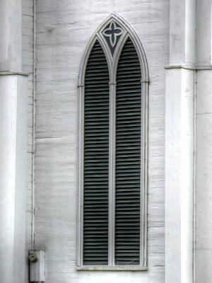 Photograph - White Church Window by Leslie Montgomery