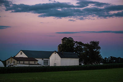 Photograph - White Farm With Pink Sky by Tana Reiff