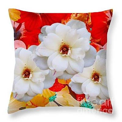 Digital Art - White Flower Throw Pillow by Gayle Price Thomas