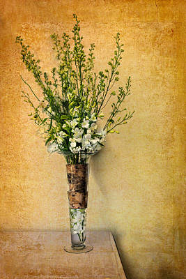 Photograph - Slender Vase by Maria Coulson