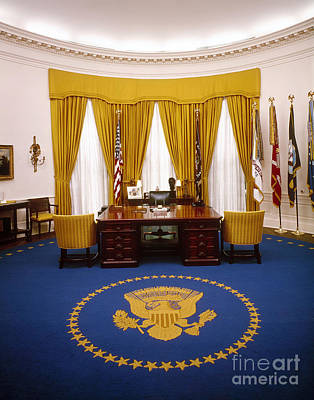 Nixon Photograph - White House: Oval Office by Granger