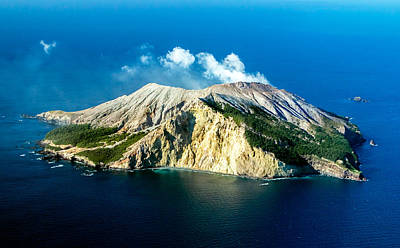 Photograph - White Island Eastern View by Nicholas Blackwell