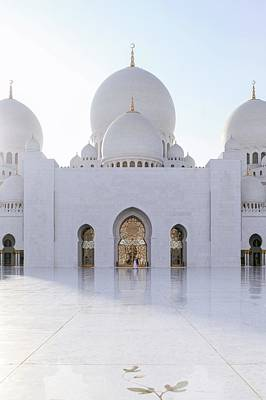 Photograph - White Mosque by Ryan Miglinczy