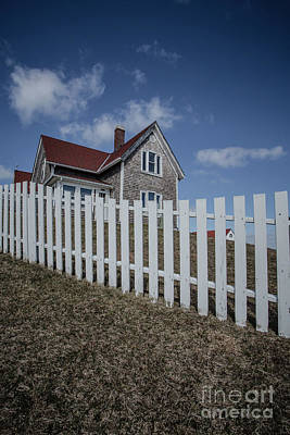 Photograph - White Picket Fence And Coastal Home by Edward Fielding