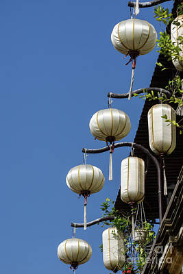 Photograph - White Silk Lanterns 01 by Rick Piper Photography