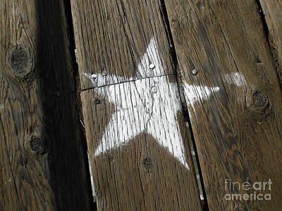 Photograph - White Star by Jerry Bunger