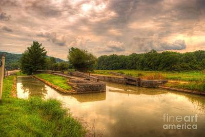 Metamora Photograph - Whitewater Canal Lock 24 by Paul Lindner