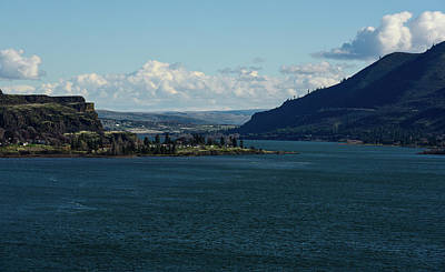 Photograph - Wide Columbia At Lyle by Tom Cochran