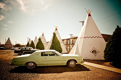 Photograph - Wigwam Motel Classic Car #4 by Robert J Caputo