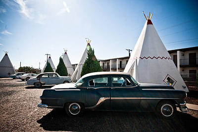 Photograph - Wigwam Motel Classic Car #5 by Robert J Caputo