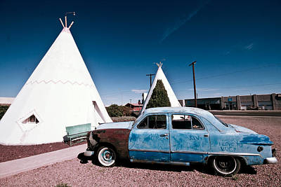 Photograph - Wigwam Motel Classic Car #7 by Robert J Caputo
