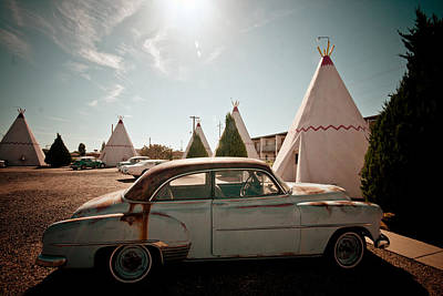 Photograph - Wigwam Motel Classic Car #8 by Robert J Caputo