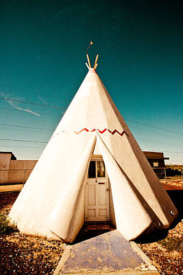 Photograph - Wigwam Room #3 by Robert J Caputo