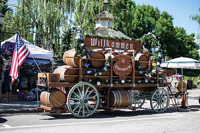 Photograph - Wilkommen In Leavenworth by Tom Cochran