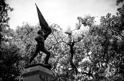 Photograph - William Jasper Monument by John Rizzuto