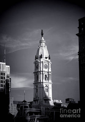 Photograph - William Penn Above Philadelphia City Hall by Olivier Le Queinec