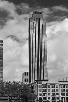 Photograph - Williams Tower In Black And White by Allen Sheffield