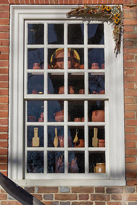 Williamsburg Window 35 Print by Teresa Mucha