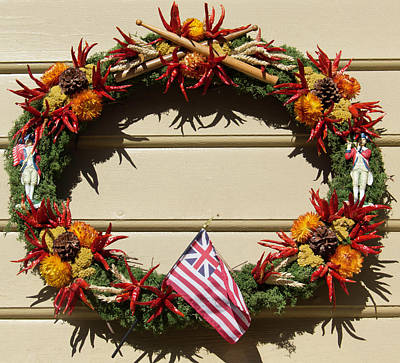 Pine Cones Photograph - Williamsburg Wreath 61 by Teresa Mucha