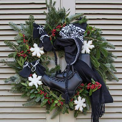 Williamsburg Wreath 78 Print by Teresa Mucha