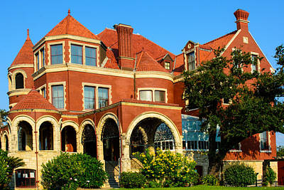 Photograph - Willis-moody Mansion by Tikvah's Hope