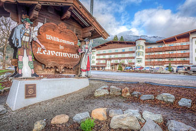 Photograph - Willkommen To Leavenworth by Spencer McDonald