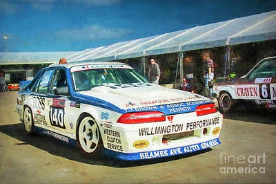 Photograph - Willmington Commodore by Stuart Row