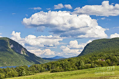 Photograph - Willoughby Gap Cloudscape by Alan L Graham