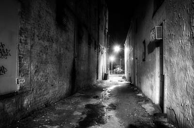 Wilmington Photograph - Wilmington Alley At Night In Black And White by Greg Mimbs