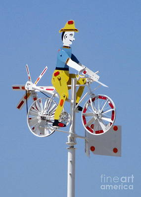Photograph - Wilson Whirligig 13 by Randall Weidner
