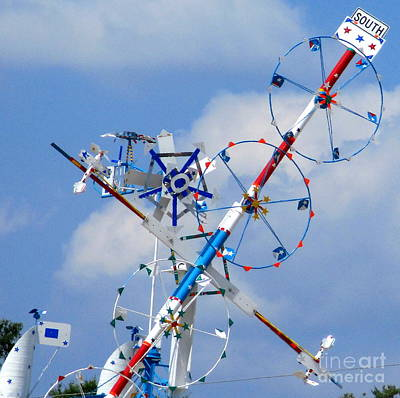 Photograph - Wilson Whirligig 18 by Randall Weidner
