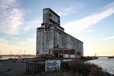 Grain Elevator Photograph - Wind And Weathering by Peter Chilelli