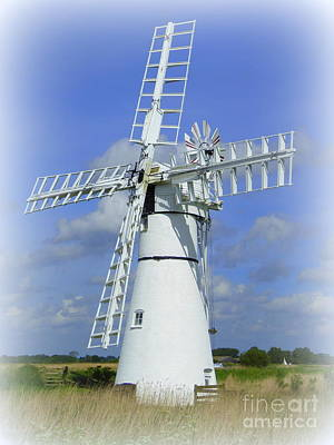 Photograph - Windmill by Anne Gordon