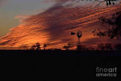Photograph - Windmill At Sunset by Mark McReynolds